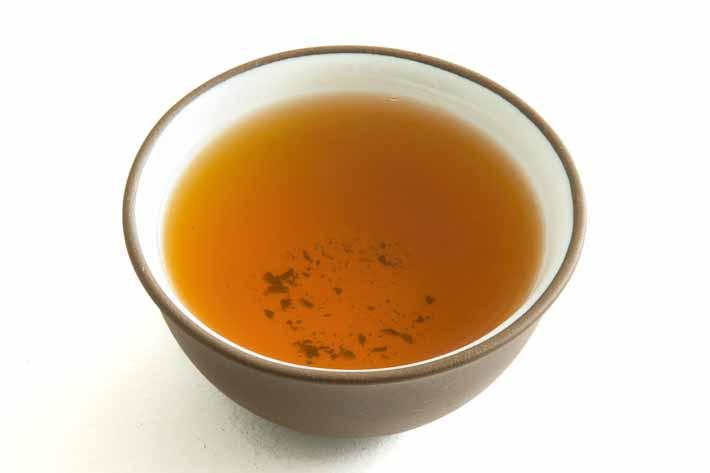 Černý čaj z Jakušimy - nálev